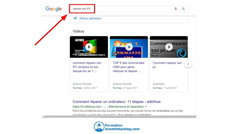 Lorsqu'on tape une requête dans la barre de recherche Google, ce dernier nous propose souvent des vidéos en premier choix.